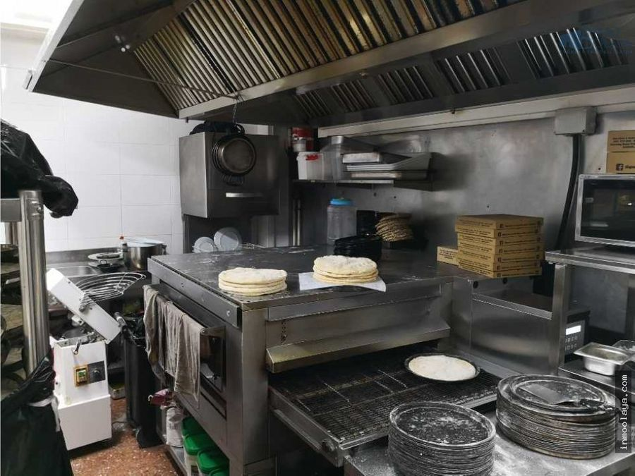 traspaso de rt pizzeria c3 en la marina del port