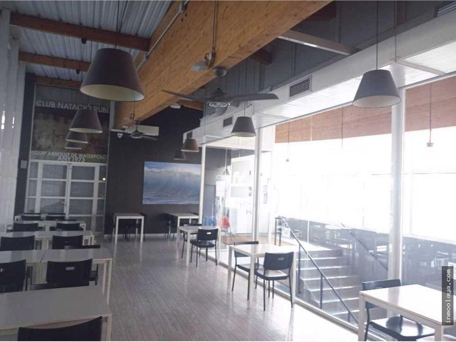 traspaso de bar restaurante en centro deportivo de rubi