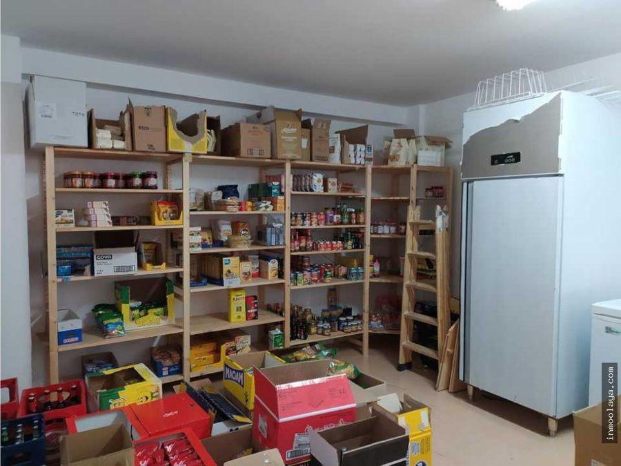 traspaso de tienda de alimentacion en hospital clinic
