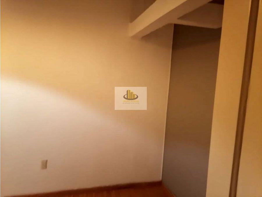 renta amueblado en tercer piso colonia condesa