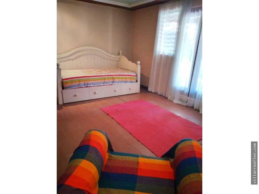 v185 comoda casa en alquilerescazu