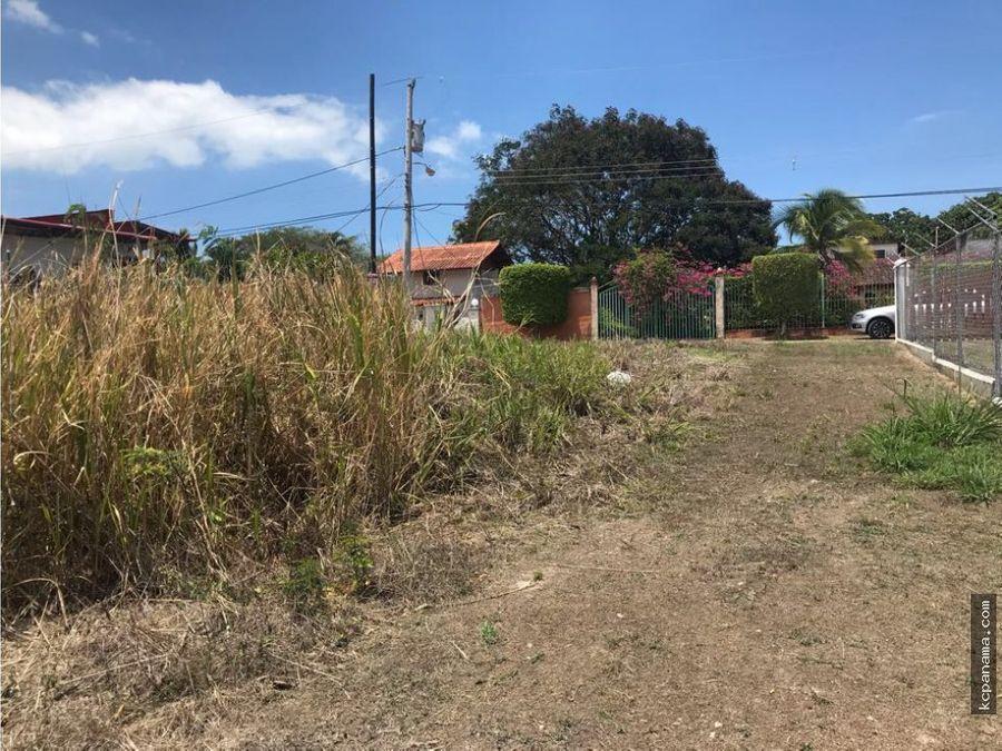 vende terreno en coronado a 500m de la playa