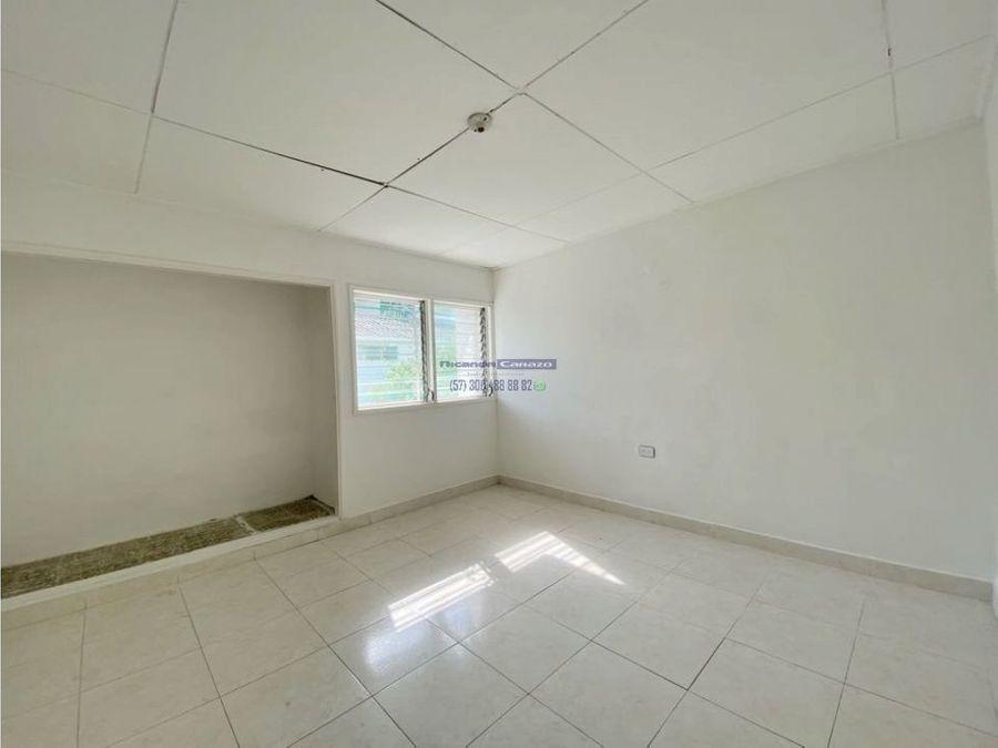 vendemos casa de dos niveles para remodelar en crespo cartagena