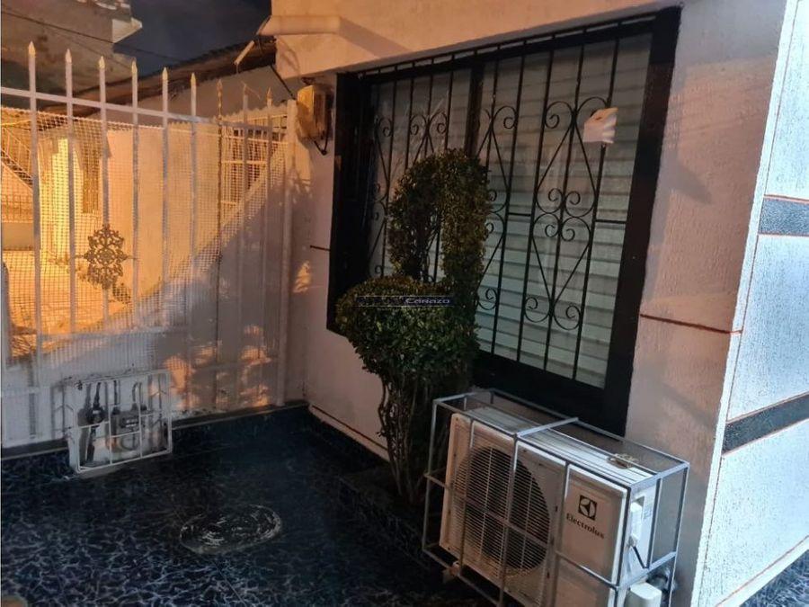 vendemos casa de un nivel en el barrio chiquinquira en cartagena