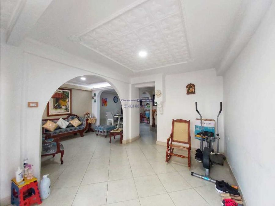 vendemos casa 2 niveles en alameda la victoria en cartagena