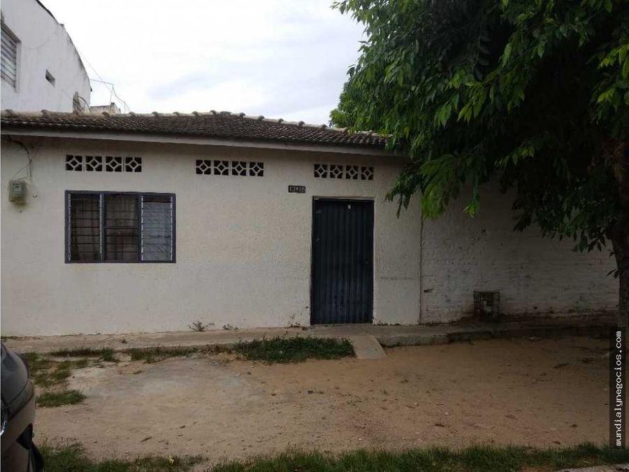 vendo amplia casa lote para uso comercial o residencial jm