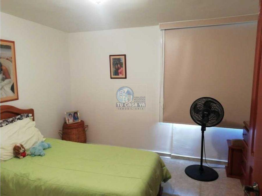 vendo amplio apartamento cerca a la av 30 de agosto