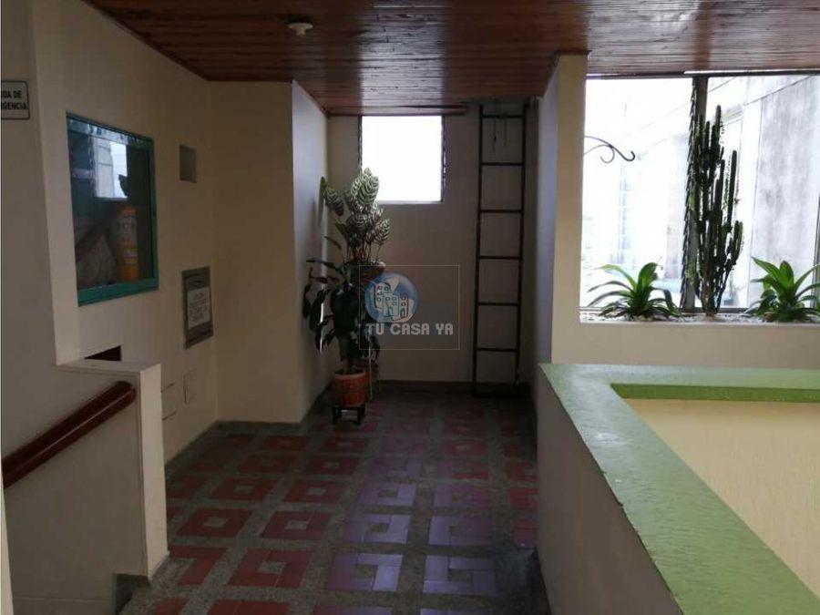 vendo amplio apartamento en el centro de pereira