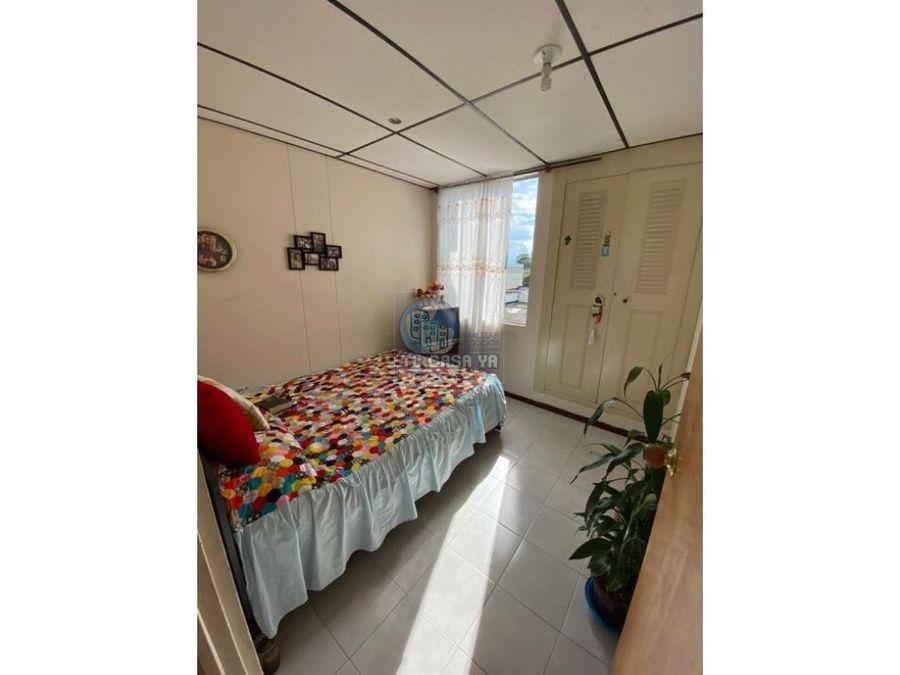 vendo apartamento amplio con parqueadero en sotano
