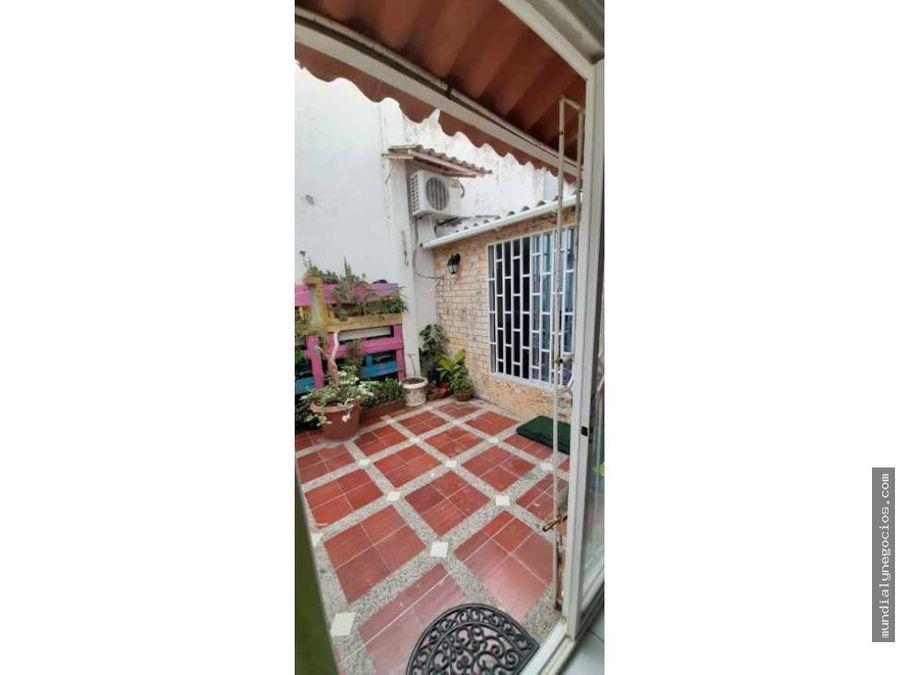 vendo hermoso apartamento barrio las estrellas en barranquilla fm0010