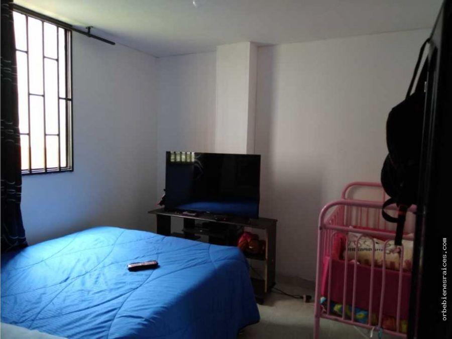 vendo apartamento cerca al centro primer piso