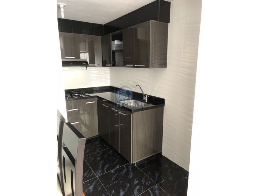 vendo apartamento con acabados muy modernos