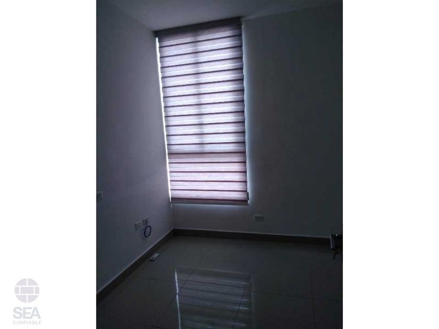 vendo apartamento ph rainbow tower via espana