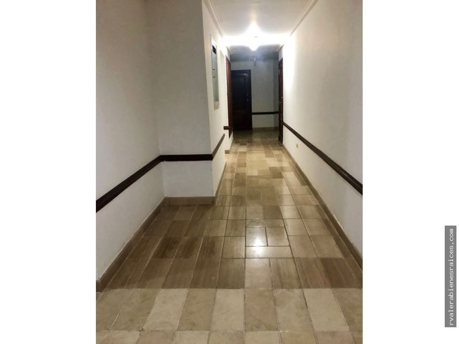 vendo apartamento en malecon center torre iii