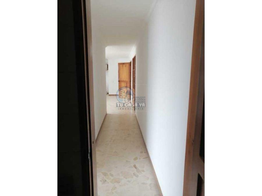 vendo apartamento en maraya con parqueadero cubierto y cuarto util