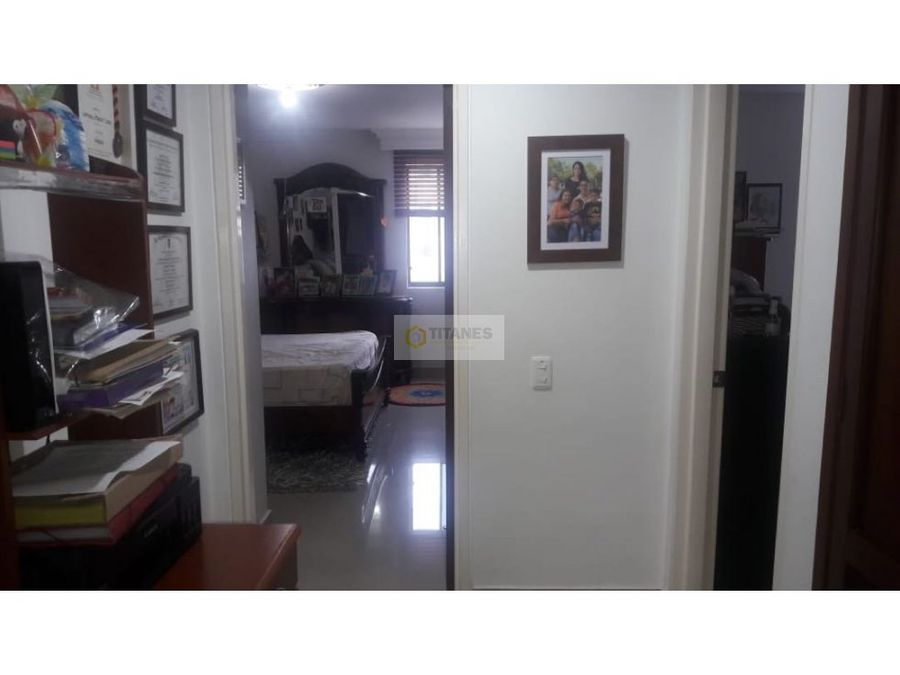 vendo apartamento en cambulos cali piso 16 cqm