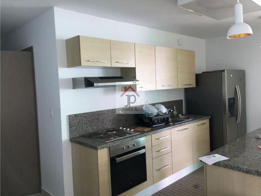 vendo apartamento en de playa en condominio ensenada