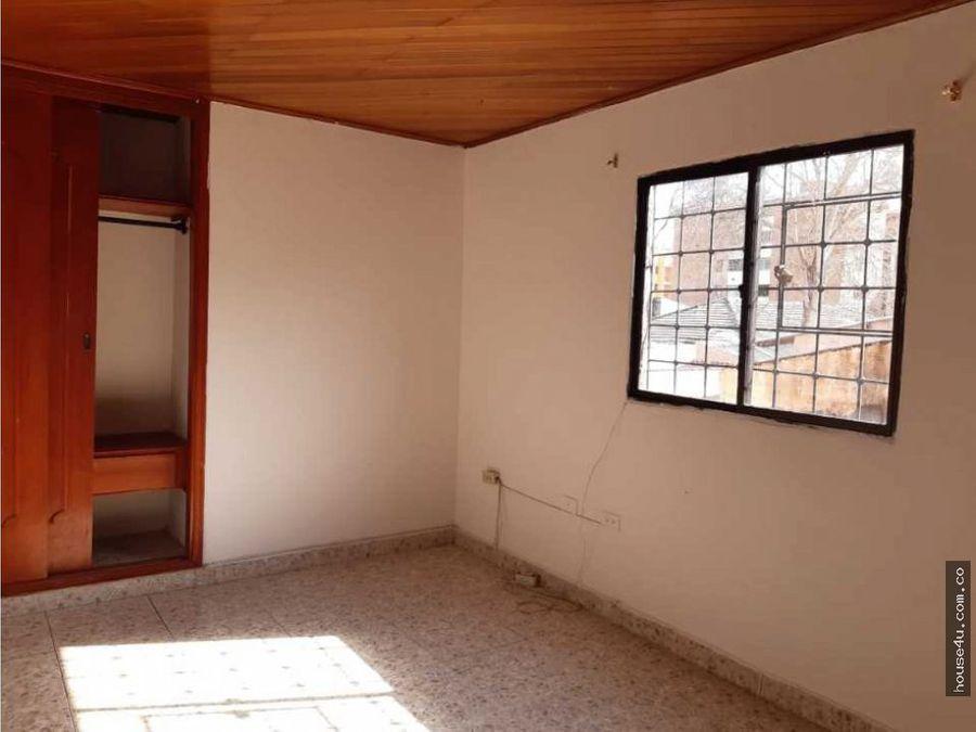 vendo apartamento en el barrio las delicias