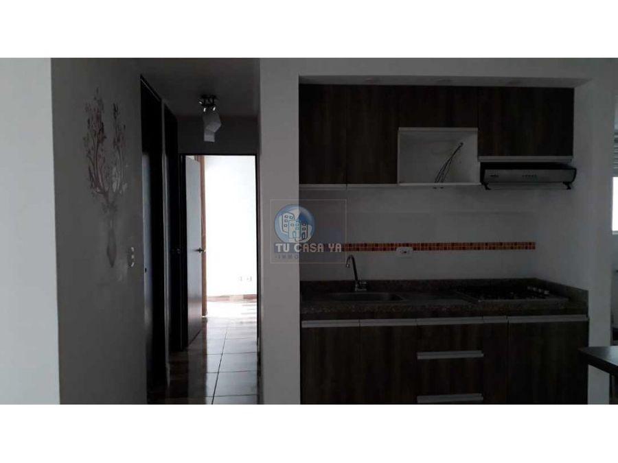 vendo apartamento esquinero sobre toda la av simon bolivar