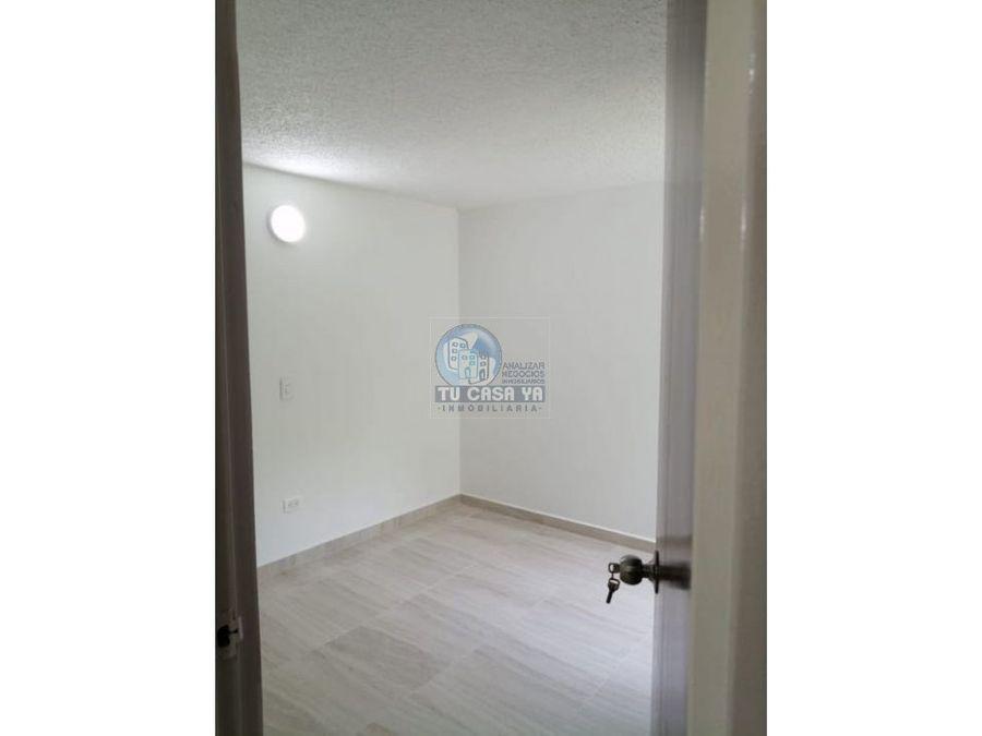vendo apartamento con parqueadero propio