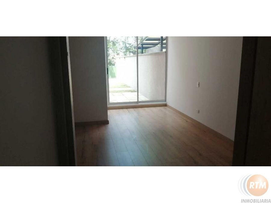 vendo apartarmento cajica 1 piso con terraza de 117 metros mu