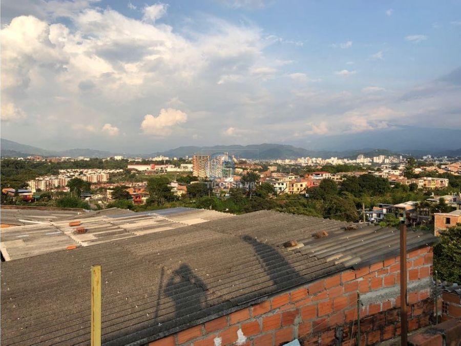 vendo casa con dos pisos independientes en barrio cuba