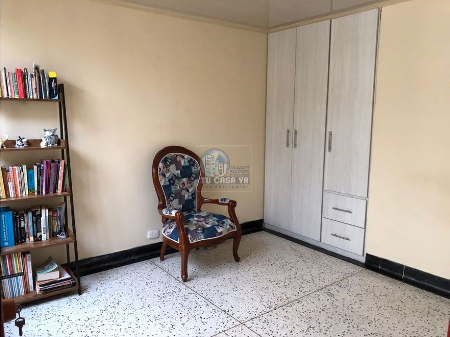 vendo casa con dos pisos independientes