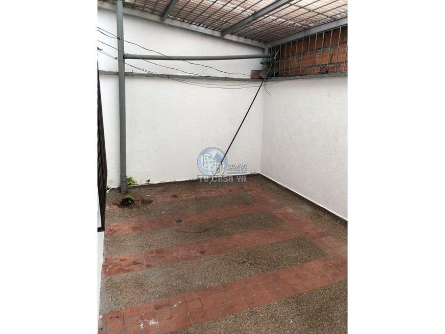 vendo casa con garaje cerca al centro de pereira