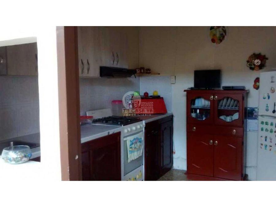 vendo casa con un apartamento independiente