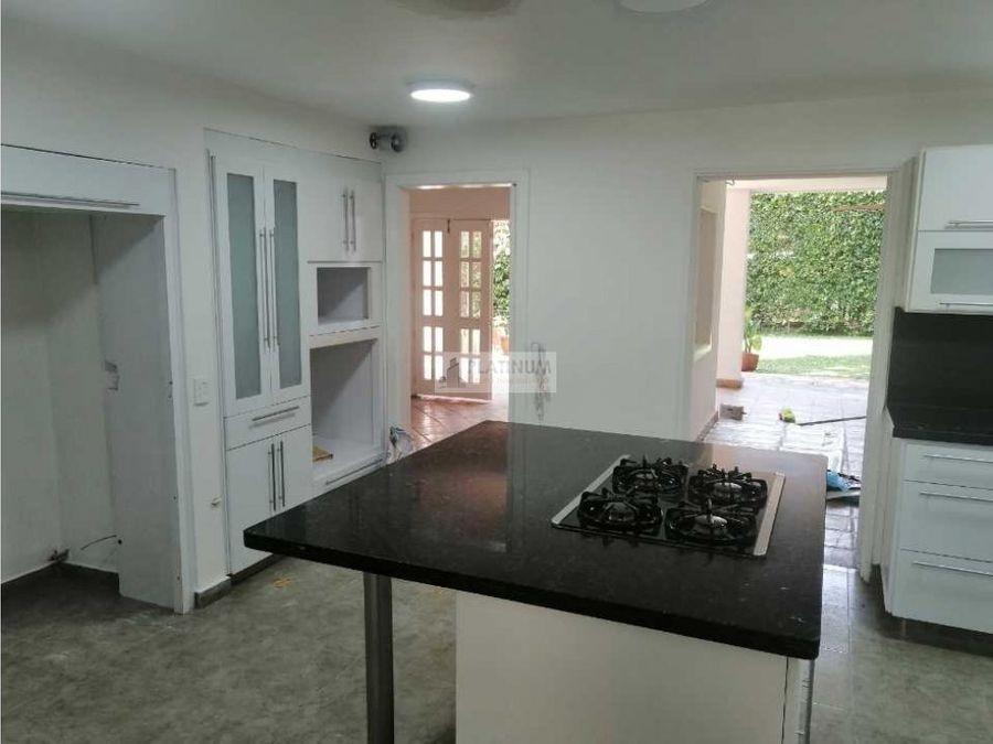 casa en venta en condominio en pance cali lg