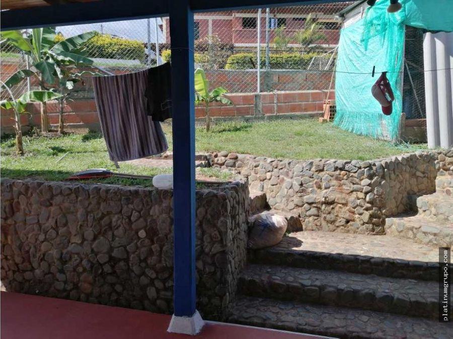 casa campestre en venta en pavas la cumbre lg
