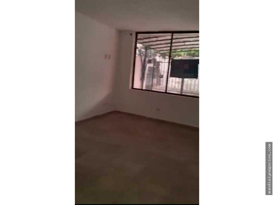 vendo casa amplia de dos pisos en un excelente sector de valledupar jm