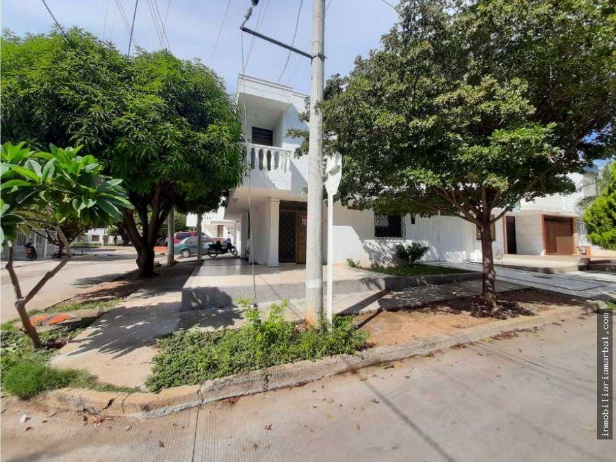 vendo casa barrio arizona