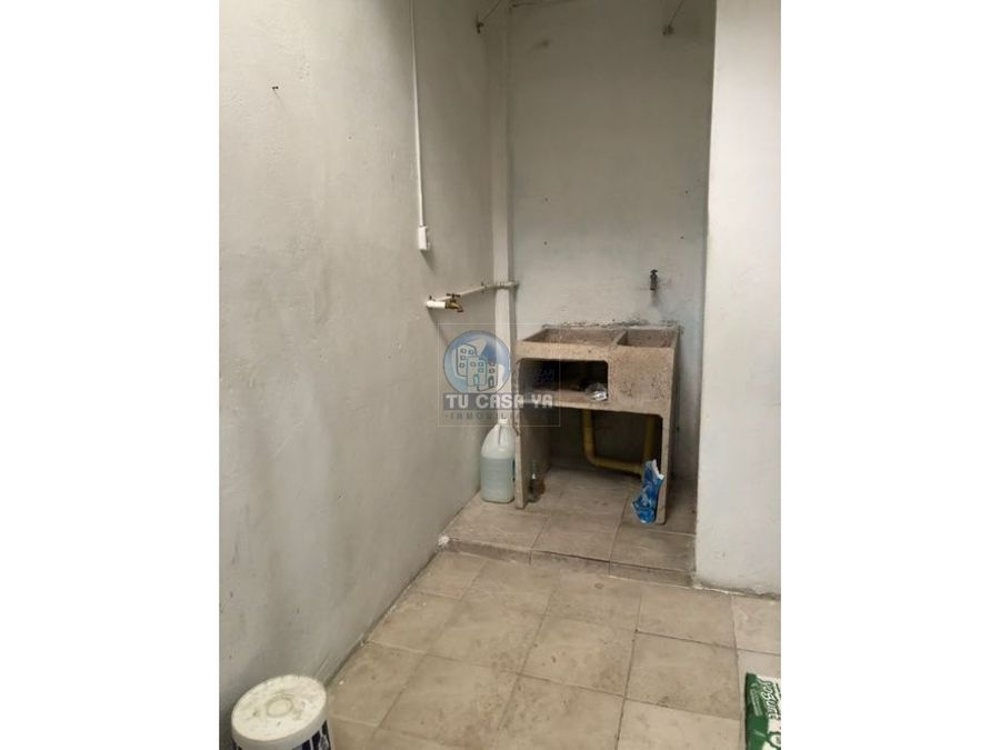 vendo casa dos pisos independientes en barrio cuba