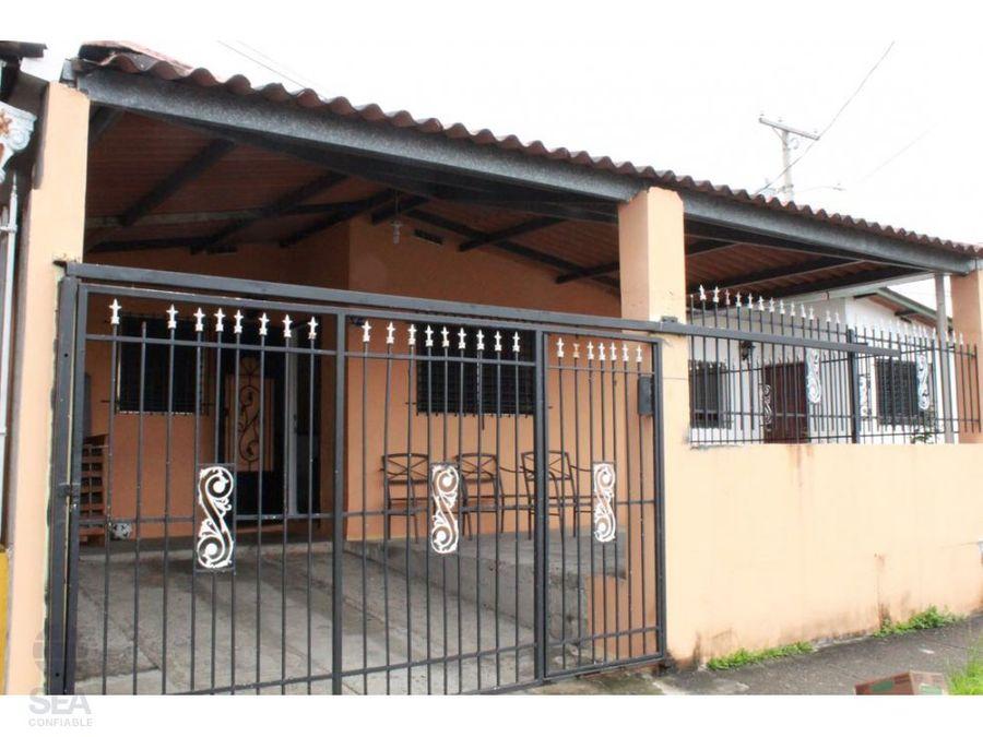 vendo casa de 160 m2 en parque real las mananitas