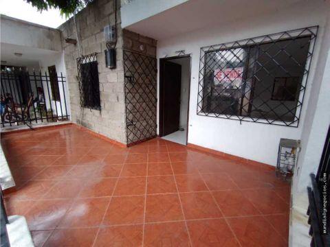 vendo casa de 1 piso en ciudadela santa marta 001