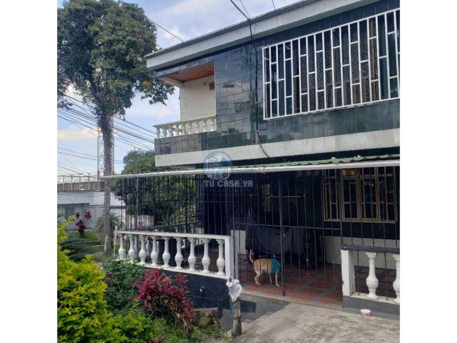 vendo casa de 4 niveles con renta comercial y residencial