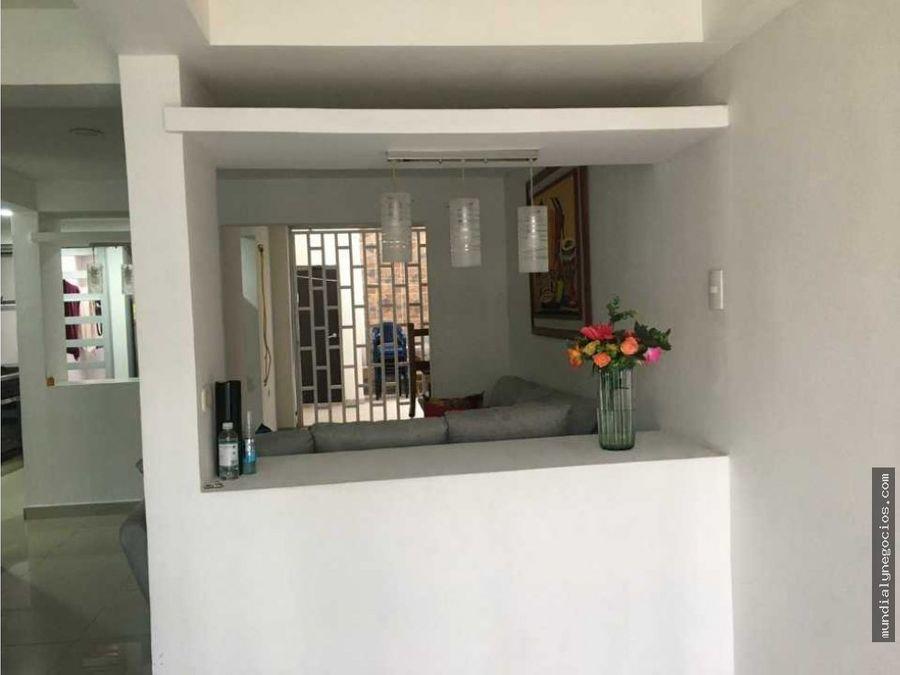 vendo casa de lujo de dos plantas en las flores valledupar jm