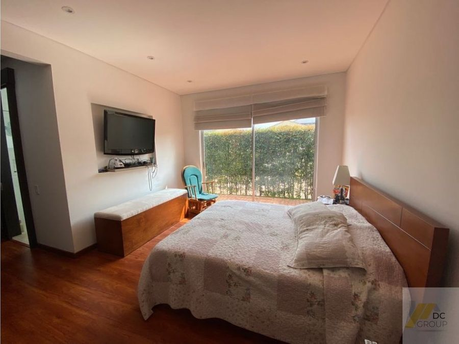 vendo casa de un piso hermosa vista a la montana