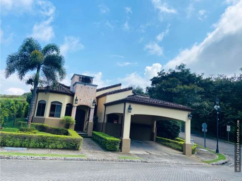 vendo casa en condominio exclusivo santa ana