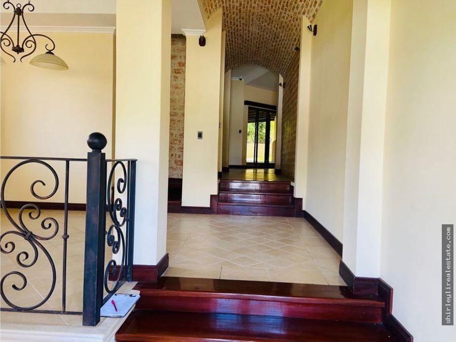 rebajada vendo casa en condominio exclusivo brasil de mora