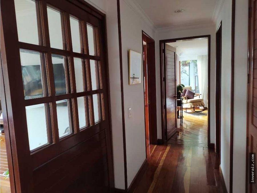 vendo casa en lindaraja bogota 252mtrs 4hab yg
