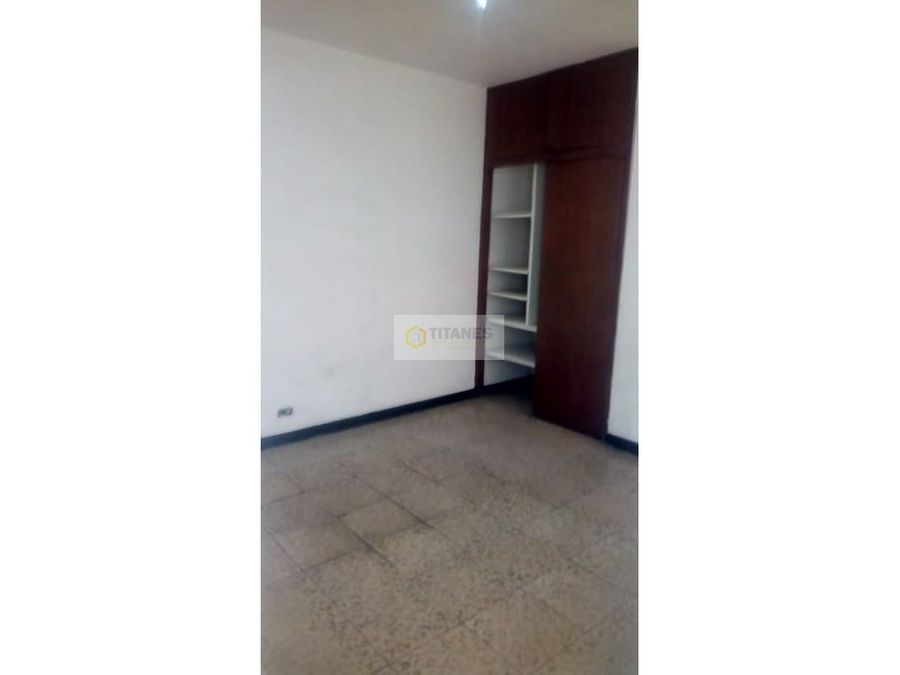 vendo casa en napoles primer piso propiedad horizontal cq