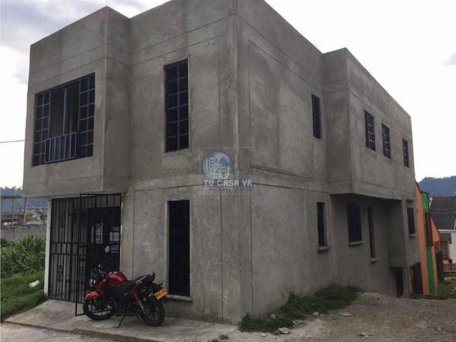 vendo casa en santa rosa 2 pisos independientes