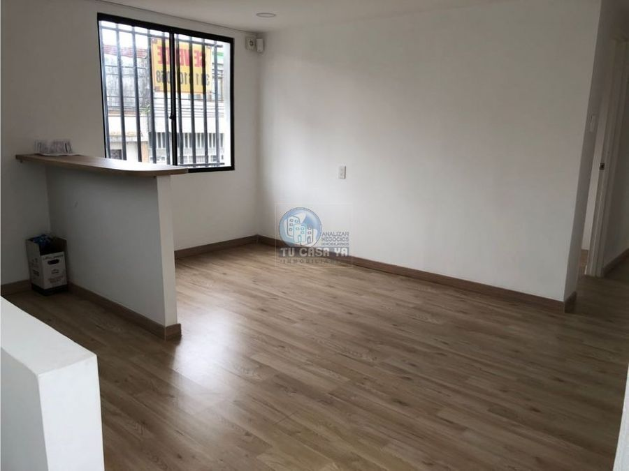 vendo casa esquinera con local y apartamentos independientes