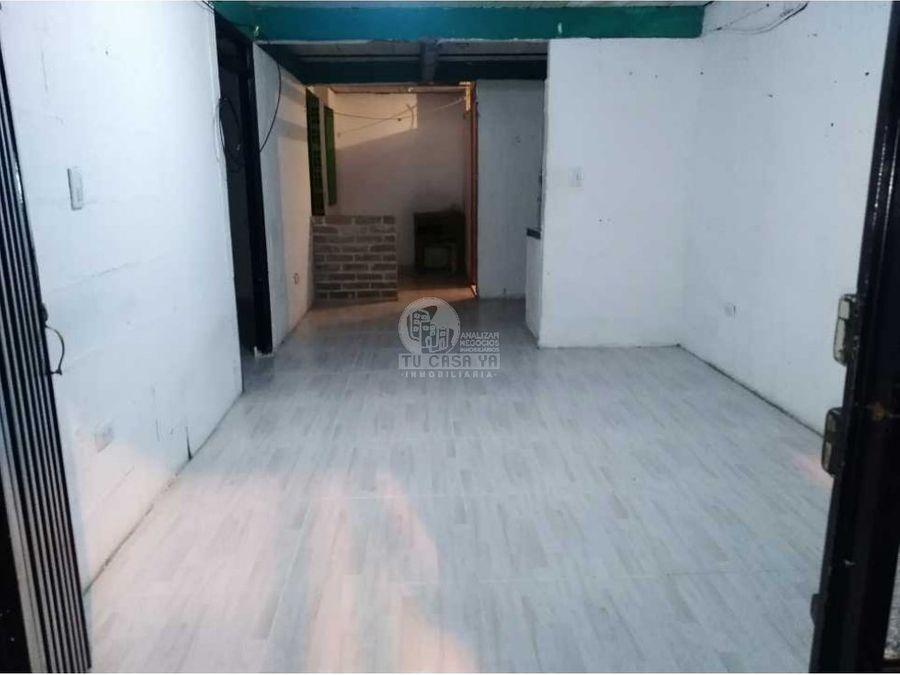 vendo casa esquinera con pisos independientes