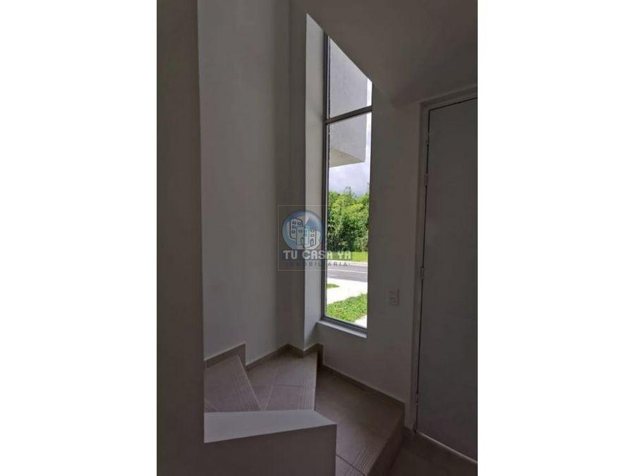 vendo casa esquinera sector de alta valorizacion