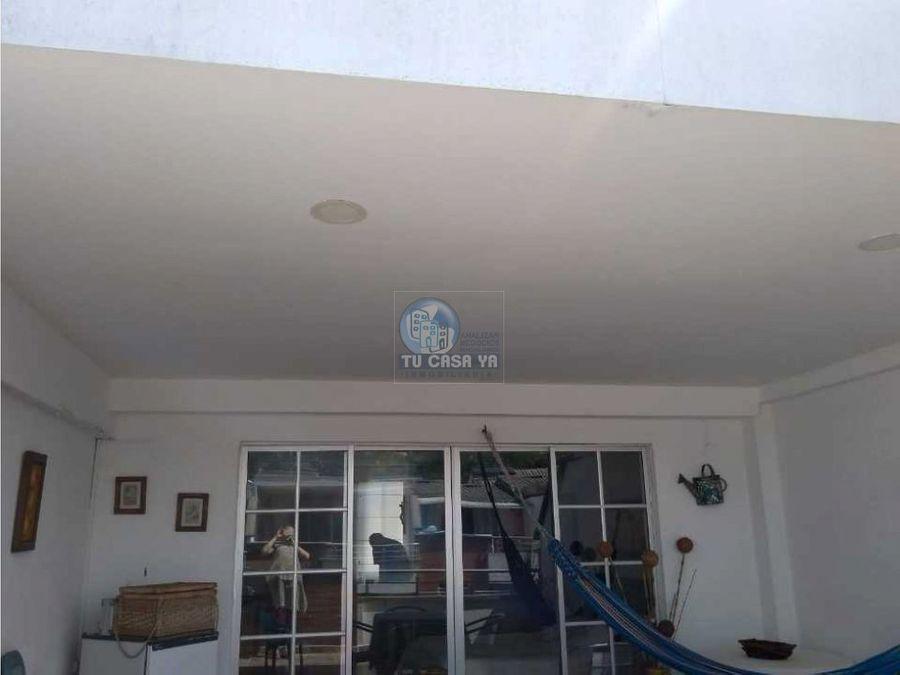vendo casa exclusivo sector