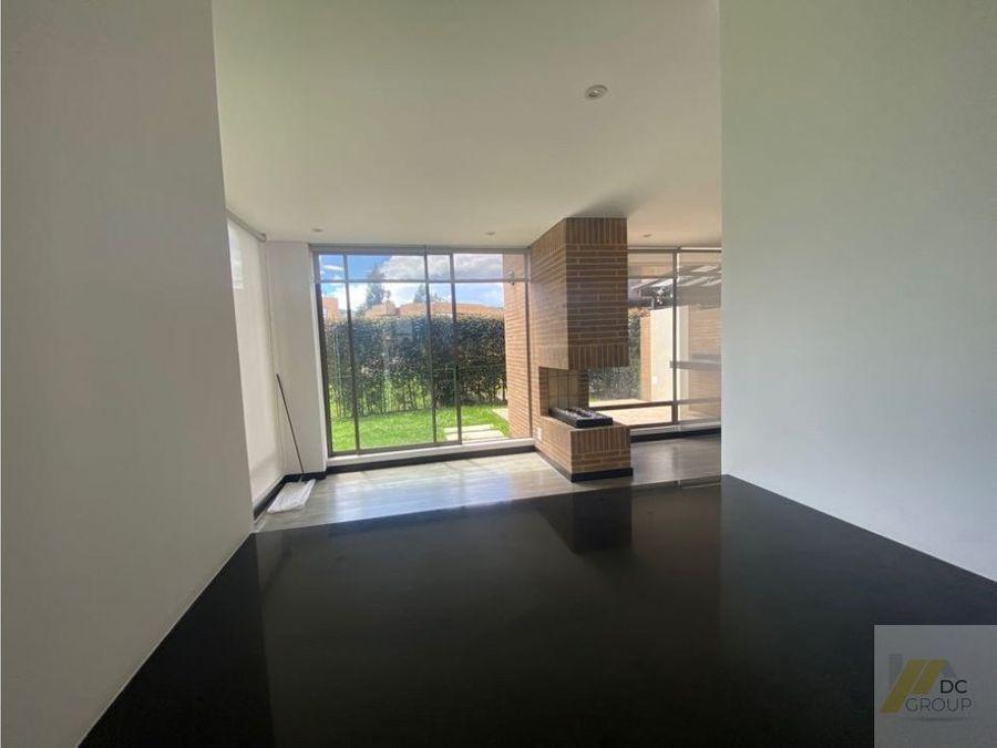vendo casa milla de oro con zona verde y club house