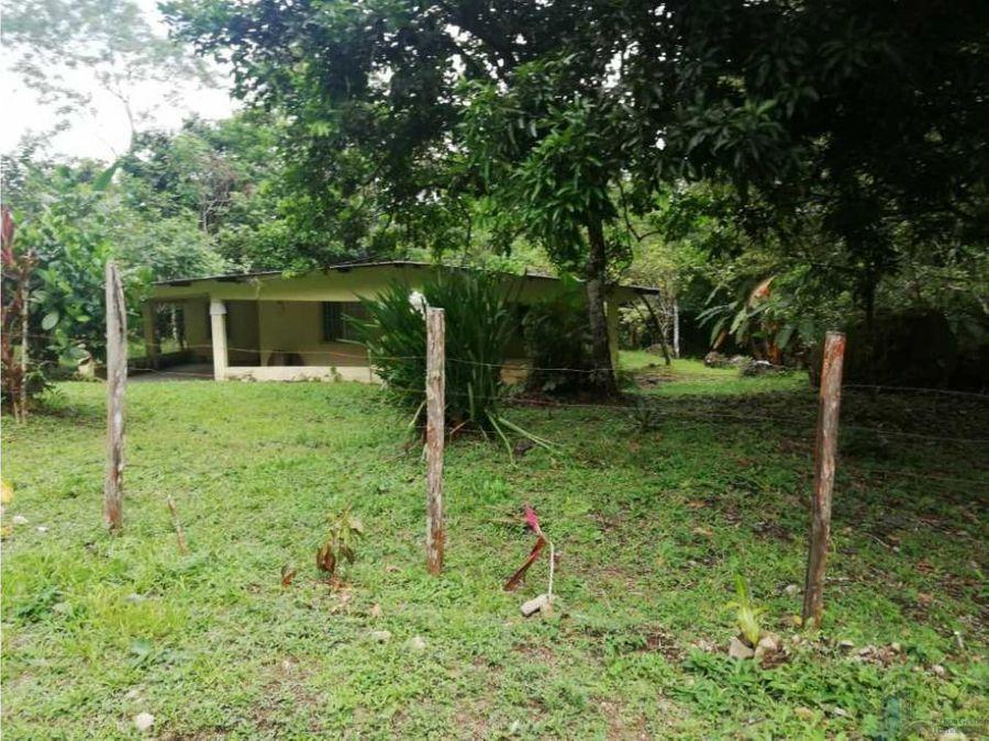 vendo casa y terreno de 1856m2 en boqueron